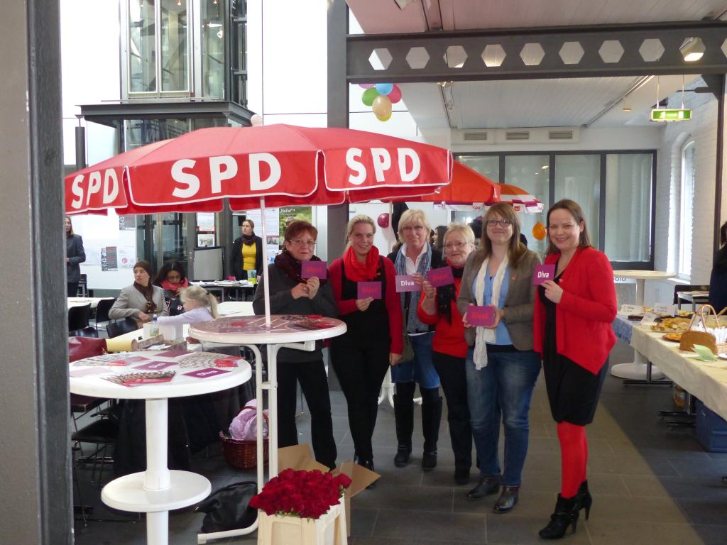 AsF UB v. re.: Janine Köster, Alexandra Prast, Gaby Keutgen-Bartosch, Hanne Zakowksi aus Stolberg, Yvonne Mees, Annette Siffrin-Peters